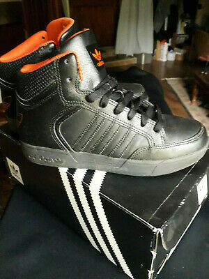adidas varial mid j by4084