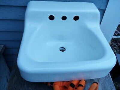 CLEAN Antique Vintage American Standard Bathroom Sink Cast Iron Porcelain 19x17