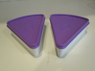 EUC Tupperware Pie Slice Wedge Container Keeper Purple Seal