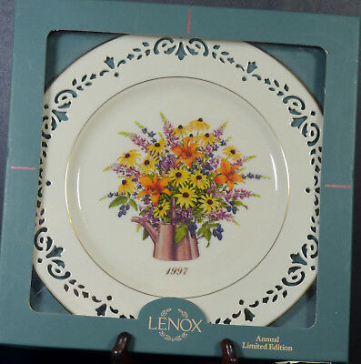 Lenox PLATE Maryland 1997 Colonial Bouquet Plate--Collector Plate 3rd in Series