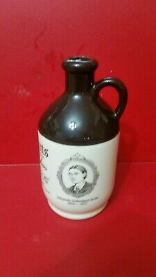 Elizabeth Sutherland Smith Port Bottle