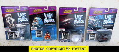 Johnny Lightning 4 miniatures Lost in Space robot, Jupiter 2, Space Pod, Chariot