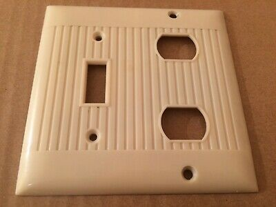 Vintage Ivory Bakelite Combo Outlet Switch Plate / Cover Art Deco Ribbed 1950's