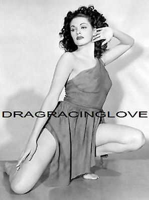 """Yvonne De Carlo """"The Munsters"""" """"Busty"""" """"Lily"""" 60s TV Show """"Pin Up"""" PHOTO! #(11)"""