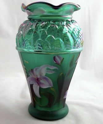 FENTON Art Glass IRID. EMERALD GREEN LEAF LILY VASE BILL NIB