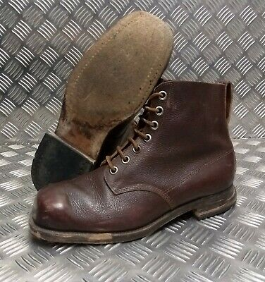 Genuine Vintage Leather WWII 1941 Brown 7 Hole leather Sole Boots 29.5