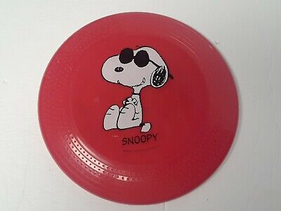 Red Retro Snoopy Doggy Disc Frisbee. Peanuts.