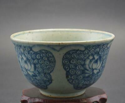 chinese old Blue and white porcelain hand-painted lotus pattern flower pot 08683