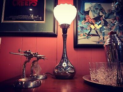 1930's Arts Deco Chrome Table Lamp with Lotus Shade