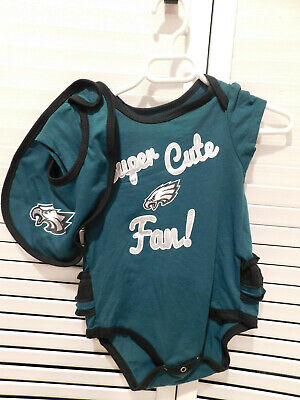 Philadelphia Eagles Girls One Piece Outfit with Matching Bib, 12 Months, NWOT