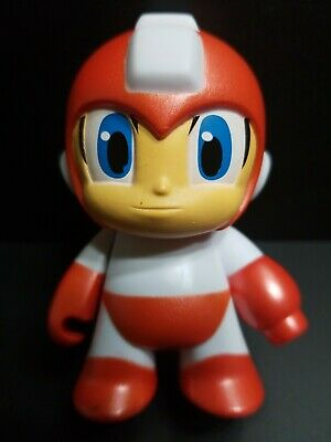 "RED ROBOT 1.5/"" Figures Megaman Kidrobot Mega Man Keychain Series New"