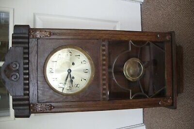 Antique / Vintage Oak Cased Chiming Wall Clock For Repair.
