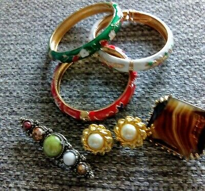 Three Cloisonne Bangles Two Broaches Pair Earrings