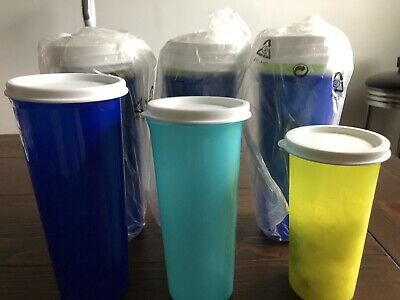 Tupperware Set Of 12 Cups With Lids 4 Large 4 Medium And 4 Small
