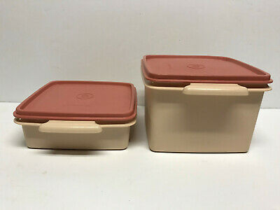 2 Vtg TUPPERWARE SQAURE AWAY Stacking Lunch SANDWICH KEEPER 1674 1362 PINK LID
