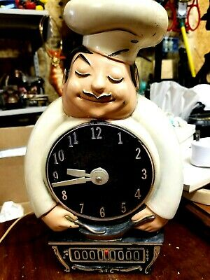 Kitchen Chef Animated light up electric wall clock by mastercrafters 1967
