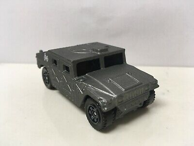1992-2006 Hummer H1 Humvee Jurassic Park Collectible 1/64 Scale Diecast Diorama