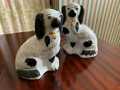 Pair VTG ANTIQUE BLACK WHITE Staffordshire Dogs Spaniels Matching SMALL RARE