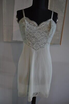 Vintage Women's Slip Vanity Fair Size Small Nylon Made in USA Pretty Lace