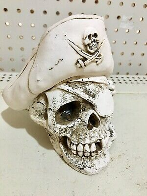 Day Of The Dead Pirate Skull
