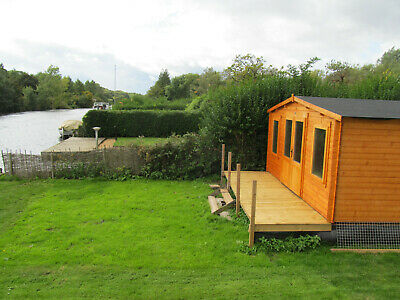 FOR SALE Norfolk Broads large freehold  mooring and log cabin