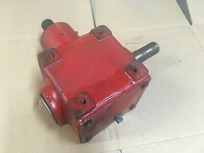 "Kewanee Complete gearbox for 8"" augers. key and spline shafts"