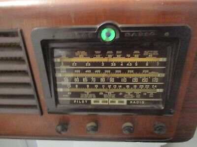 1940 Pilot Model T-131 Am & 2 Shortwave Band 10 Tube Tuning Eye Radio A43 Ps