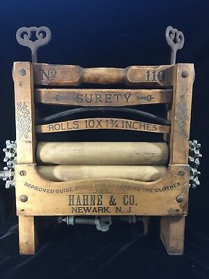 Hahne & Co  Brand Clothes Hand Wringer No 110 - Great Condition!