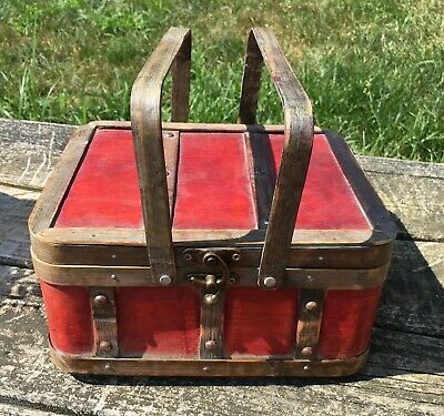 Vintage Wood Lunchbox With Latch Purse Storage Box Appears Handmade Red Wood