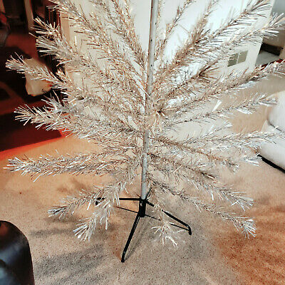 United States Silver Tree Co. Aluminum Christmas Tree Branches Only