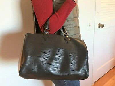 Authentic Louis Vuitton Black Noir Epi Leather Speedy 30 Handbag