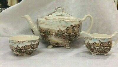 Johnson Brothers OLDE ENGLISH COUNTRYSIDE Tea Pot plus Cream & Sugar Mint