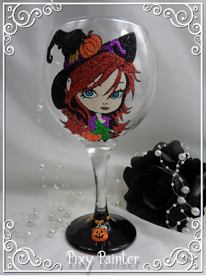 PERSONALISED GIN Glitter Glass Witch Halloween Pumpkin Hand Painted Decorated
