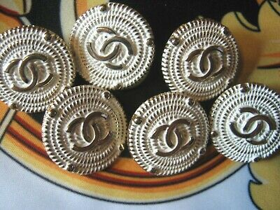 Chanel 6 white gold metal buttons  20mm lot of 6  GOLD CC