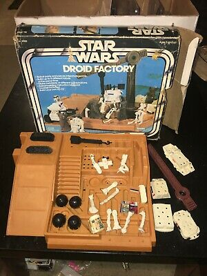 VINTAGE STAR WARS DROID FACTORY SET with box: Combine & International Ship