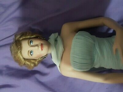 Vintage The Franklin Mint Diana Princess of Wales Porcelain Portrait Doll 45cm