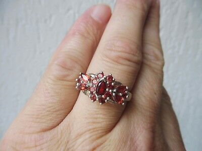 Beautiful, Old Ring __925 Silver __ with Polished, Red Stones __