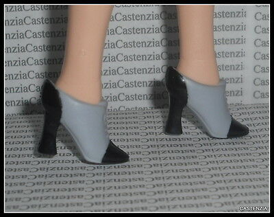 SHOES BARBIE PROMENADE IN THE PARK TWO TONED BLUE BLACK CLOSED TOE BOOTIE SHOES