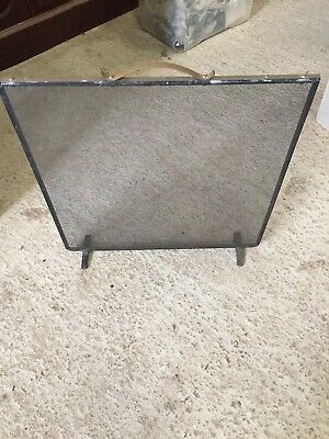 Used Wrought Iron & Mesh Fire Guard   14/10/H