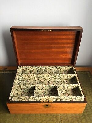 Stunning Antique Victorian Walnut Jewellery Box Or Workbox With Lined Interior