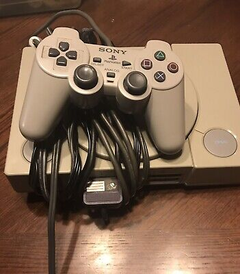 PS1 Console With Controller. Works.