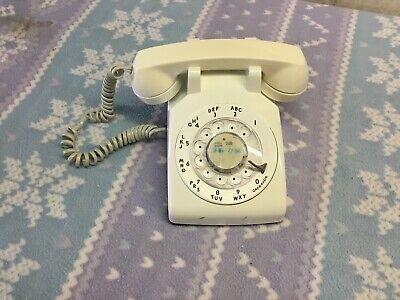 Western Electric Series 500DM Retro White Rotary Dial Telephone Bell System