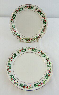 """Gibson Everyday Christmas """"Holly & Berry"""" Set Of 2 Dessert Plates"""