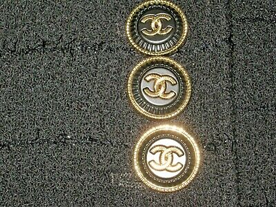 Chanel 3 cc buttons  matte gold black 22mm lot of 3 good condition