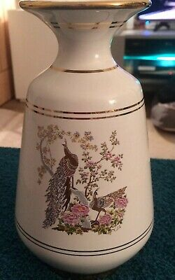 Stunning Traditional Neofitou Hand Crafted Vase With 24k Detail - White Base.