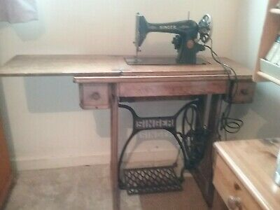Collectable Antique Singer Sewing Machine Treadle Table Electric