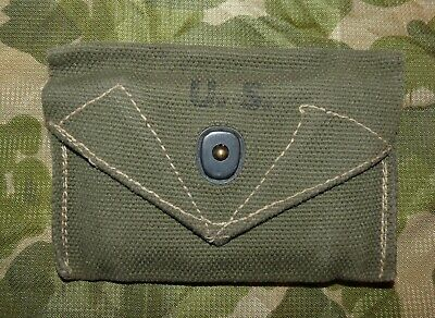 WW2 US Army Olive Green Canvas M1942 Field Dressing Pouch 1945-Dated