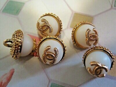 💋💋💋💋💋 Chanel 5 small buttons  13mm lot of 5 milky white gold CC