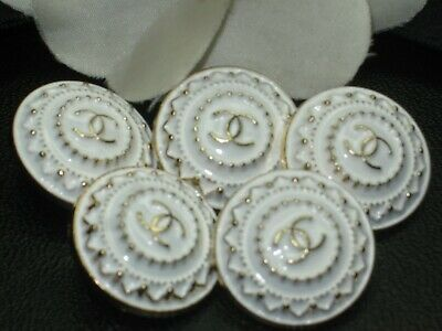 💋💋💋💋💋 Chanel 5 buttons  21mm lot of 5 white gold CC