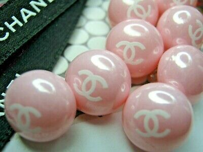 💋💋💋💋💋 Chanel 9 small buttons  12mm lot of 9 pink white CC